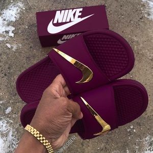 Shoes - CUSTOM Nike Slides 🔥